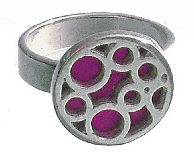 Small Round Bubble Ring in Fuchsia