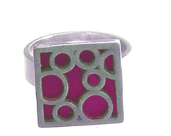 Sterling Silver Ring of Small Square Bubble in Fuchsia