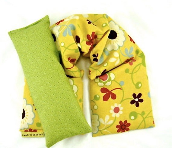 Microwavable Neck Heat Pack i Pillow Set Hot Cold Therapy Organic Flaxseed Rice Lavender Floral Yellow Green Holidays Gift Idea Weddings