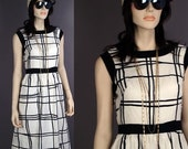 Vtg Vintage 60s Black White Graphic MOD Op Art Shift Dress