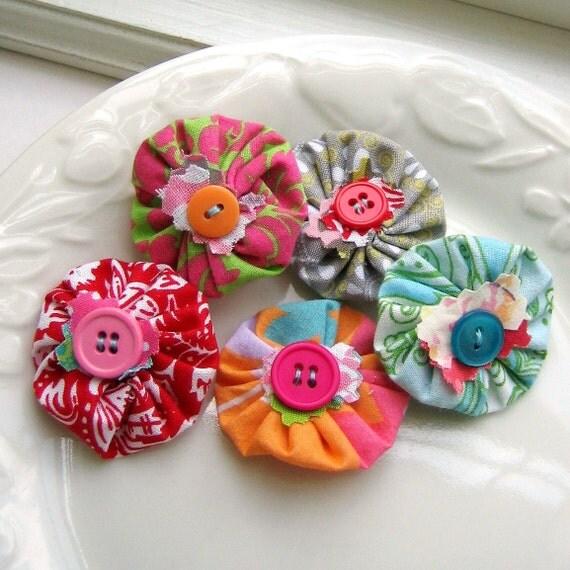 Yo Yo, Fabric Flower, Scrapbook Flowers, Yo Yo Flower, Yo Yos, Yo Yo Applique, Flower Applique, Fabric Flowers, Set of 5 -  No. 713