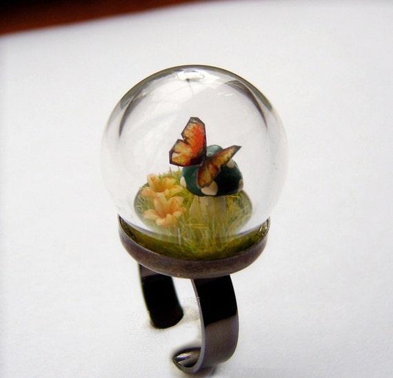 Moss Butterfly Mushroom Mini Terrarium Glass Dome Ring