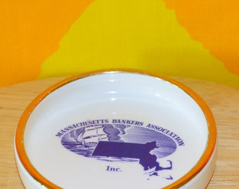70s vintage ashtray MASSACHUSETTS bankers assn dish ash tray 80s gold smoking cigarettes state map