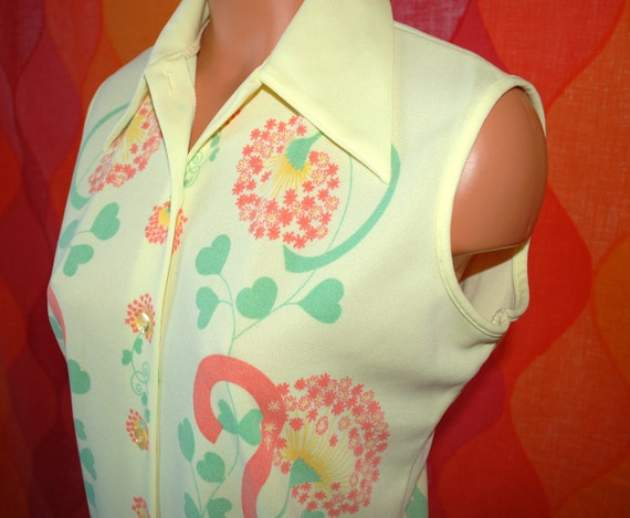 vintage 70's blouse sleeveless yellow hearts & flowers tunic button down shirt Large
