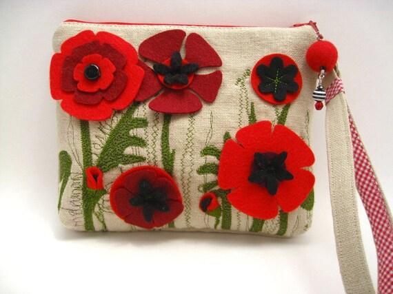 Poppy Wristlet
