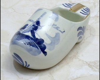 Signed Holland Handpainted Gold Trim and Blue Delft Style Shoe Ashtray
