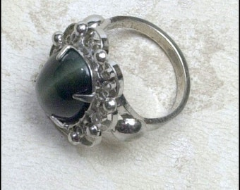Sale Cats Eye and Sterling Silver Filigree Ring Size 4