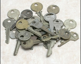 Group of 10 Vintage Keys for Crafts, Scrapbooking, Mixed Media etc.