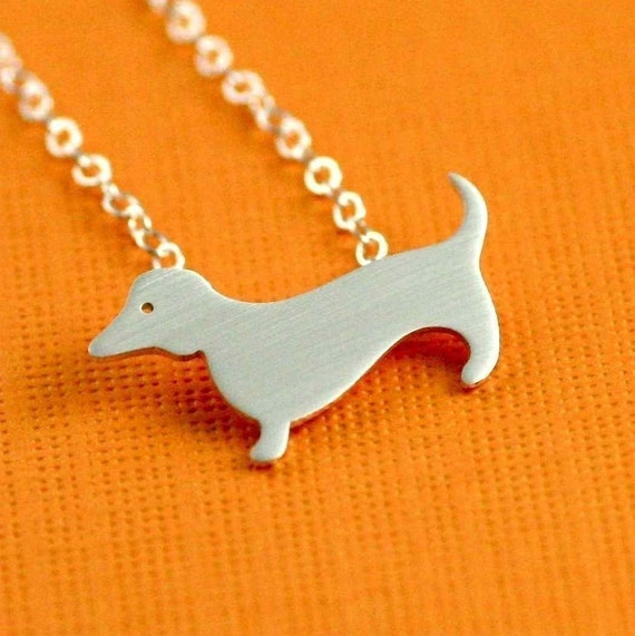 Dachshund Love Necklace in Silver