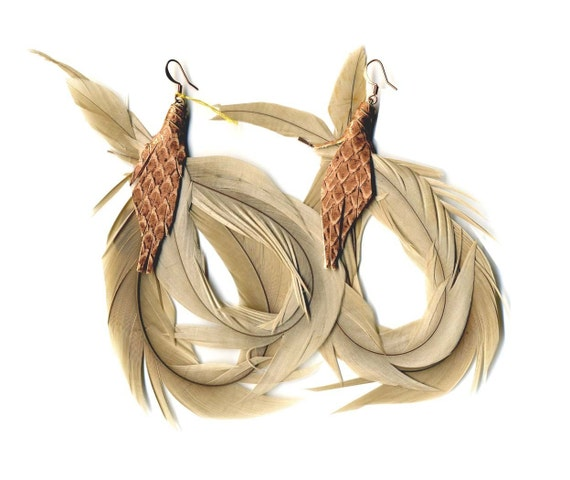 SALE round and round Rooster Feathers