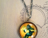 Kong sized Love- vintage inspired beuty and beast cameo pendant necklace