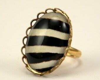 The white Stripes Petite Zebra Print Ring