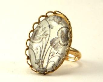 Loverly Weeds Petite Ring Botanical Engraving