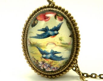 Free Birds Deluxe Blue Bird Pandant Necklace
