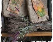Primitive stitchery e-pattern stitch&color spring tulips burlap bags