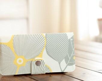 BiFold Wallet Clutch - Handmade Wallet - Vegan Wallet / Optic Blossom in Linen -- PREORDER
