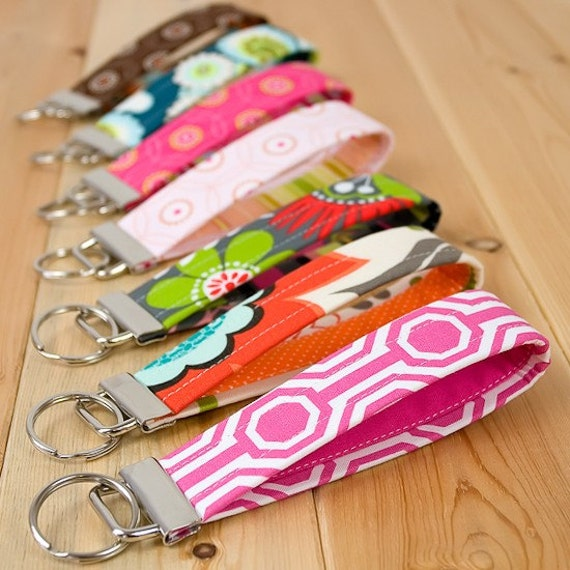 Wrtistlet Keychain - Matching Fabric to Your Cotton Purr Wallet