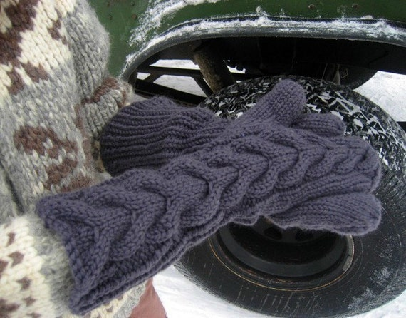 BLACK Midnight Cable Mittens like Bella's in Twilight