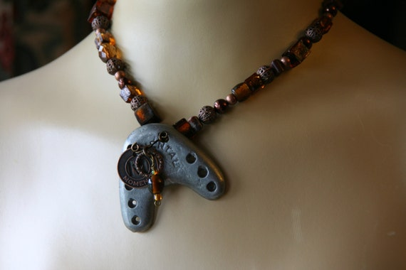 Moments tap necklace