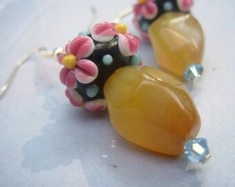 Floral Bead Dangle Earrings with Aragonite Stone, Cream Stone Earrings with Floral Glass Bead, Boho Earrings