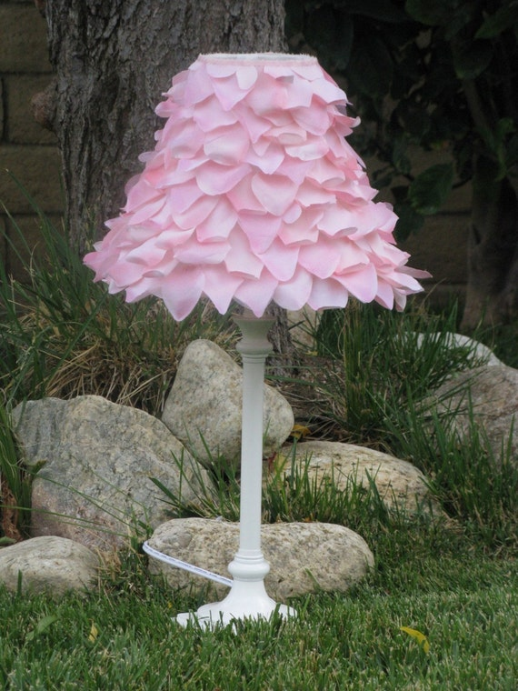 Rose petals Lampshade girl's nighttable lamp