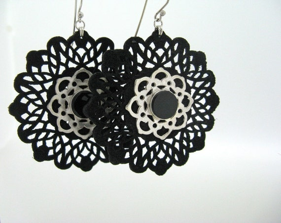Lace Earrings with Onyx ON SALE