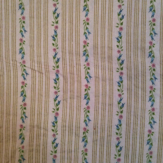 SALE - 50% Off - Awesome Vintage 1950's Pink Floral Print Fabric 1 1/8 Yards