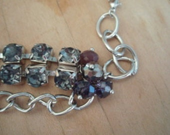 Chain Bracelet with dark glass