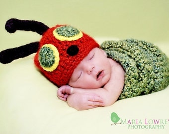 Custom crochet baby Hungry Caterpillar cocoon and beanie hat set photo prop