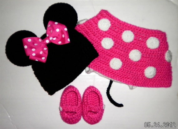 Custom crochet Minnie Mouse ears hat hot pink bow beanie diaper cover skirt booties set photo prop