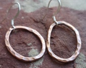 PEBBLE hammered recycled copper loops