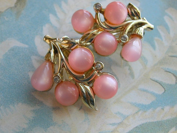 Pink Moonstone Charel Clip Earrings