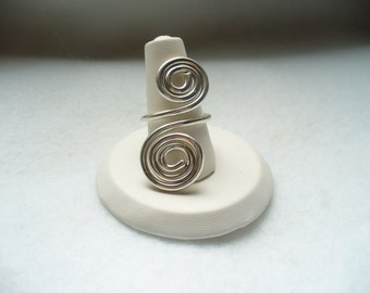 Swirl to the left and swirl to the right Sterling Silver ring
