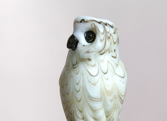 Snowy Owl wearable lampwork wildlife sculpture - glass bead by cleo Dunsmore Grama Tortoise