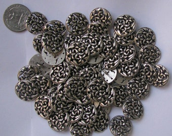 Vintage Metal Flower Button