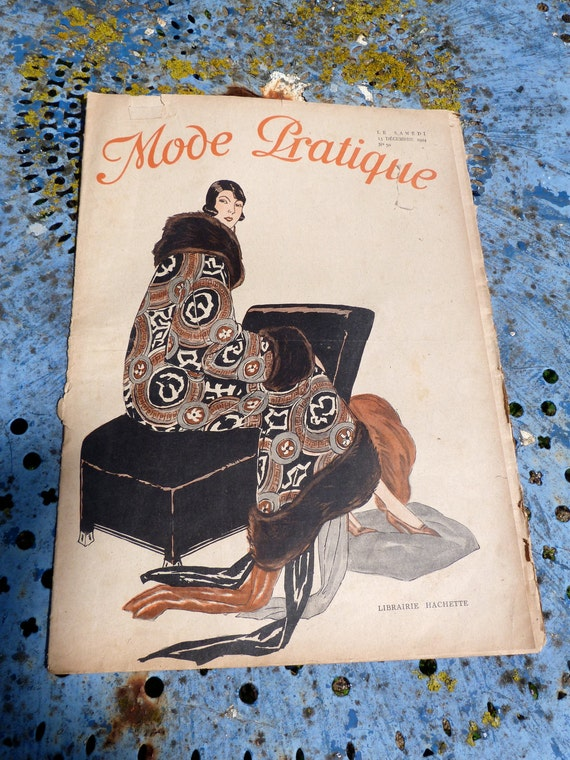 Vintage French Issue 1920, vintage advertisements, paper ephemera, antique, fashion, art deco, black and white,