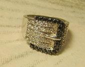 Rhinestone Buckle Ring Silvertone Vintage Ring 547