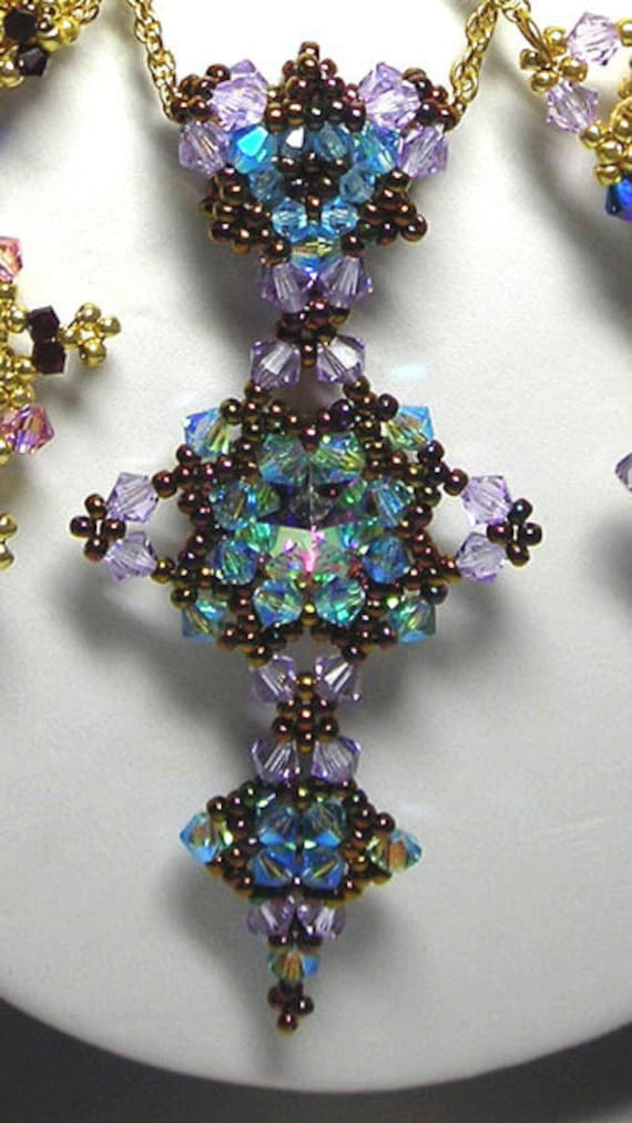 Crystal Stitching Book Project - Venezia Cristal Pendant - Beads Only