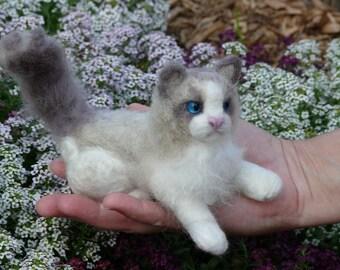 Needle Felted Cat / Custom Pet Portrait by Gourmet Felted/ Ragdoll Cat