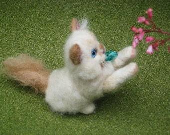 Custom Cat Portrait / Needle Felted  Art Sculpture Personalized / Poseable