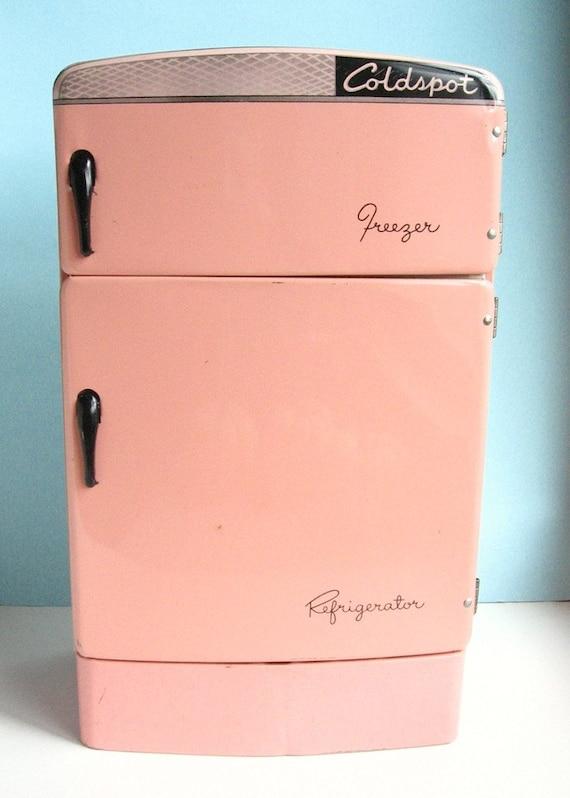 Pink Freeze Coldspot Toy Refrigerator By Wolverine