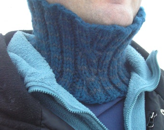 Knitting Pattern- Fast and Easy One-Skein Reversible Cabled Neckwarmer