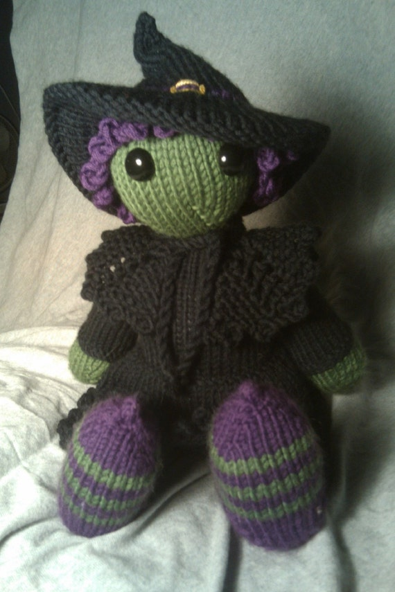 Knitting pattern - wicked witch