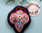 Santas Felters --- Embroidered Classic Felt Ornament