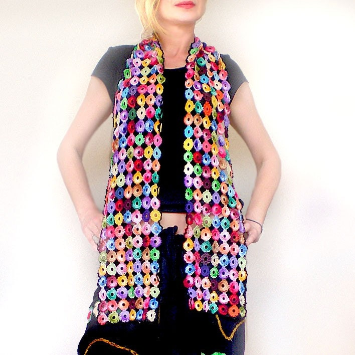 Multicolor crochet flowers scarf