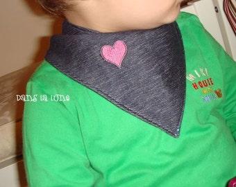Double Side Stylish Bandana Baby Bib Pattern by PDF
