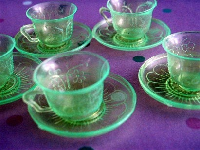Funky Little Plastic Tea Cup And Saucer Doll Dish Set