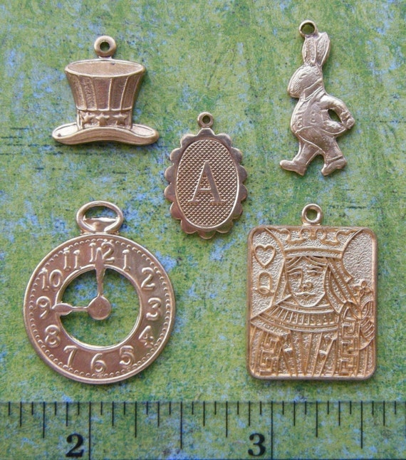 5 Pc Brass Alice In Wonderland Theme Charms and Findings (Gold Tone)