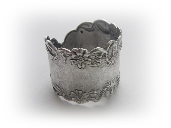 SILVER RING - Art Nouveau Flower Goddess Band Ring - Silver Ox Brass Jewelry (R-2) x