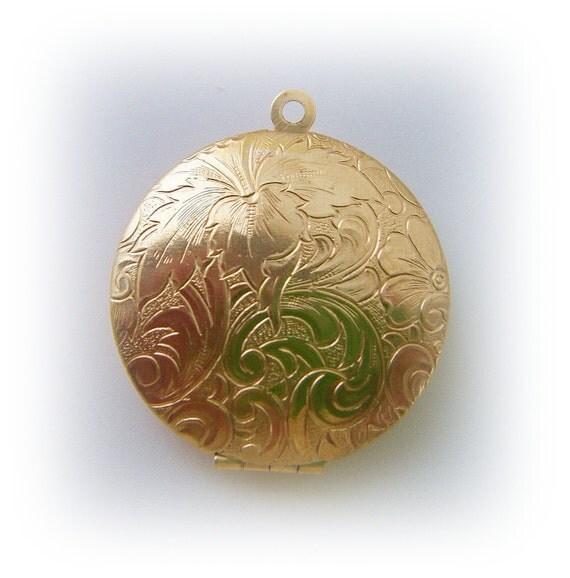 Brass Round TAPESTRY Locket Pendant